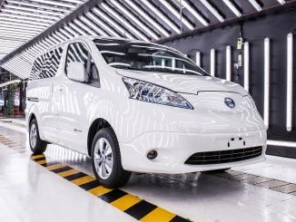 426227012_Nissan_begins_deliveries_of_new_extended-range_zero_emission_e-NV200_van_to
