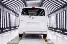 426227015_Nissan_begins_deliveries_of_new_extended-range_zero_emission_e-NV200_van_to