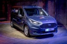 2019_FORD_GOFURTHER_4_AT_THE_SHOW-166