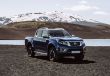 Nissan Navara Double Cab_Blue_Iceland_Static 3-source