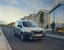 2021 - New Renault Kangoo Van on location